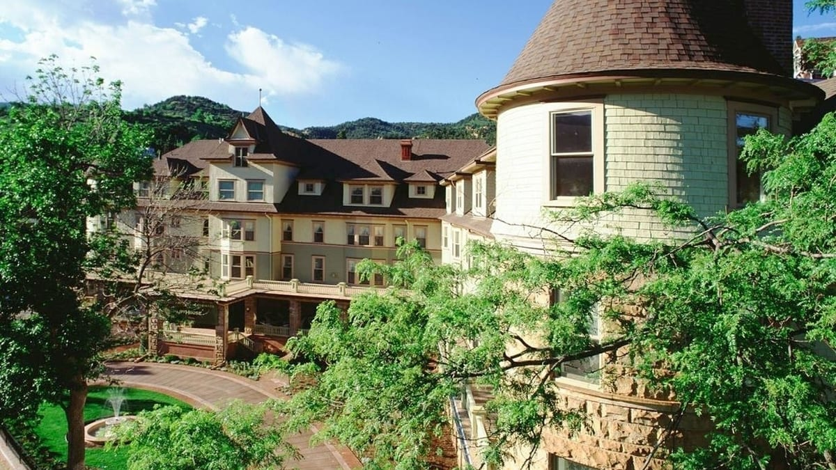 The Cliff House at Pikes Peak Manitou Springs