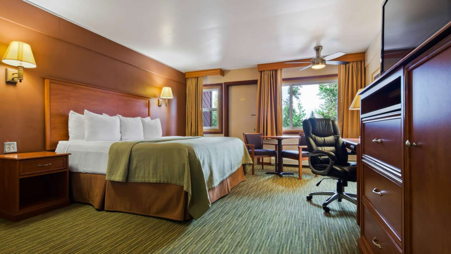 Best Hotels Dillon CO Best Western Ptarmigan Lodge Room