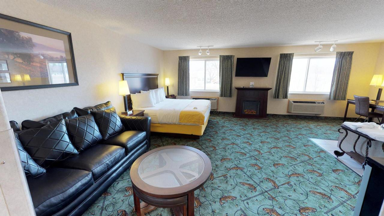 Best Hotels Montrose CO Stay Wise Inn Suite Room