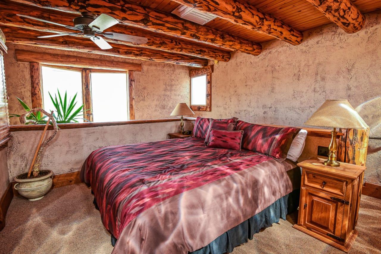 Chipeta Solar Springs Resort Mese Verde Room