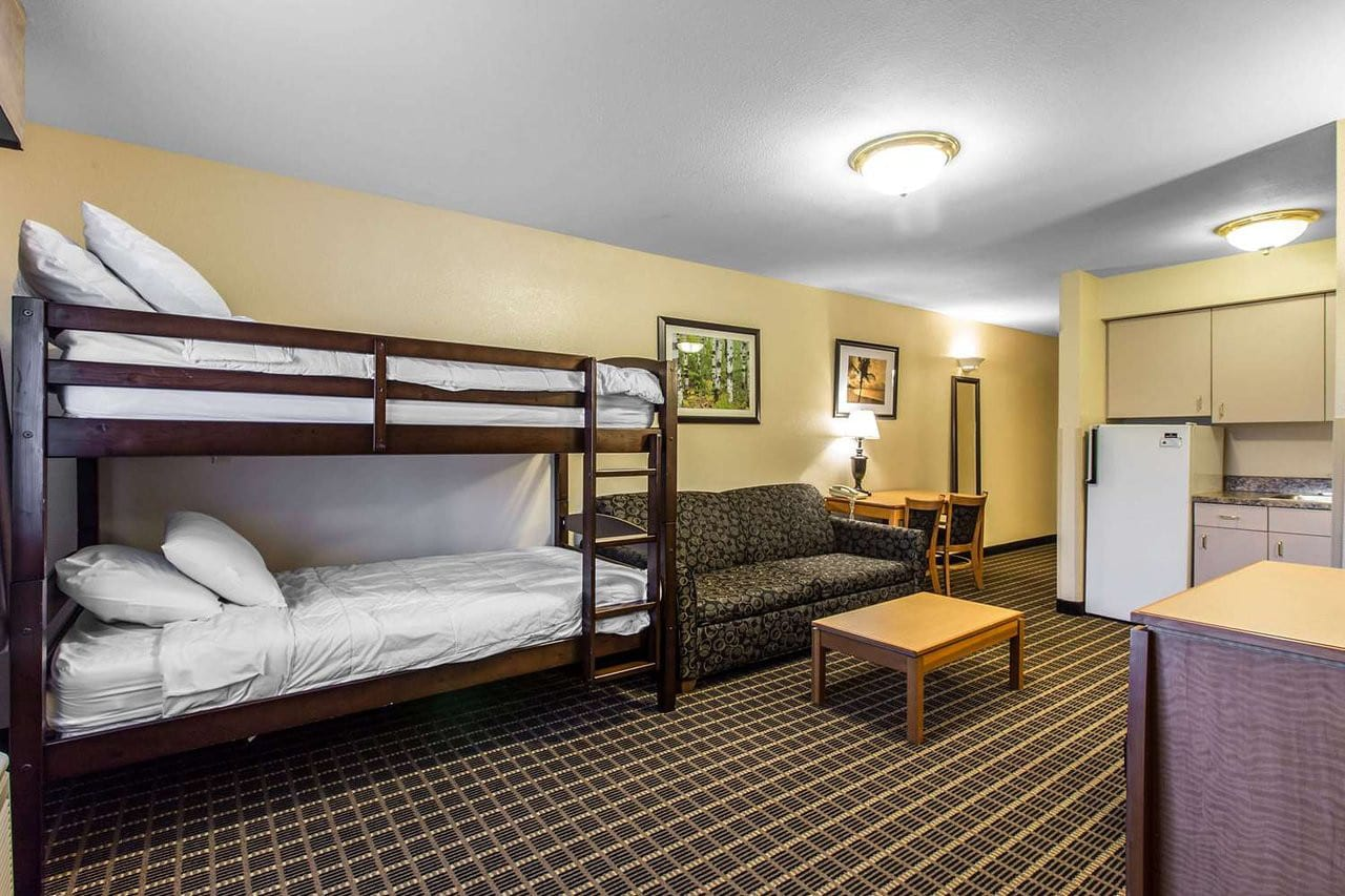 Best Hotels Silverthorne CO Quality Inn Suite Room