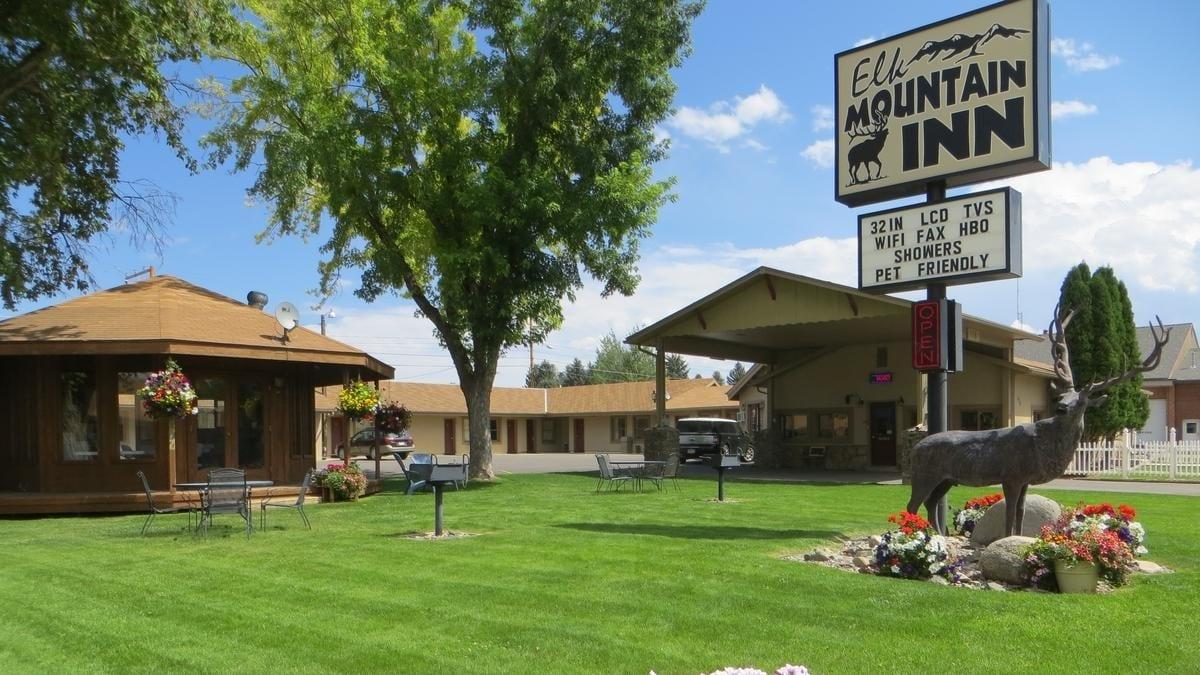 Elk Mountain Inn Meeker