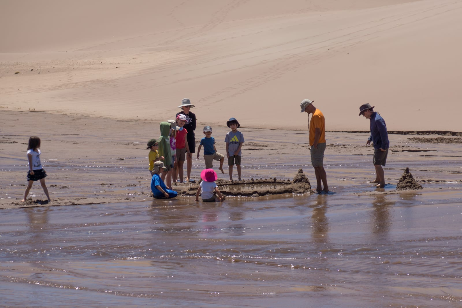 Kid Friendly Activity Great Sand Dunes Medano Creek Families Playing