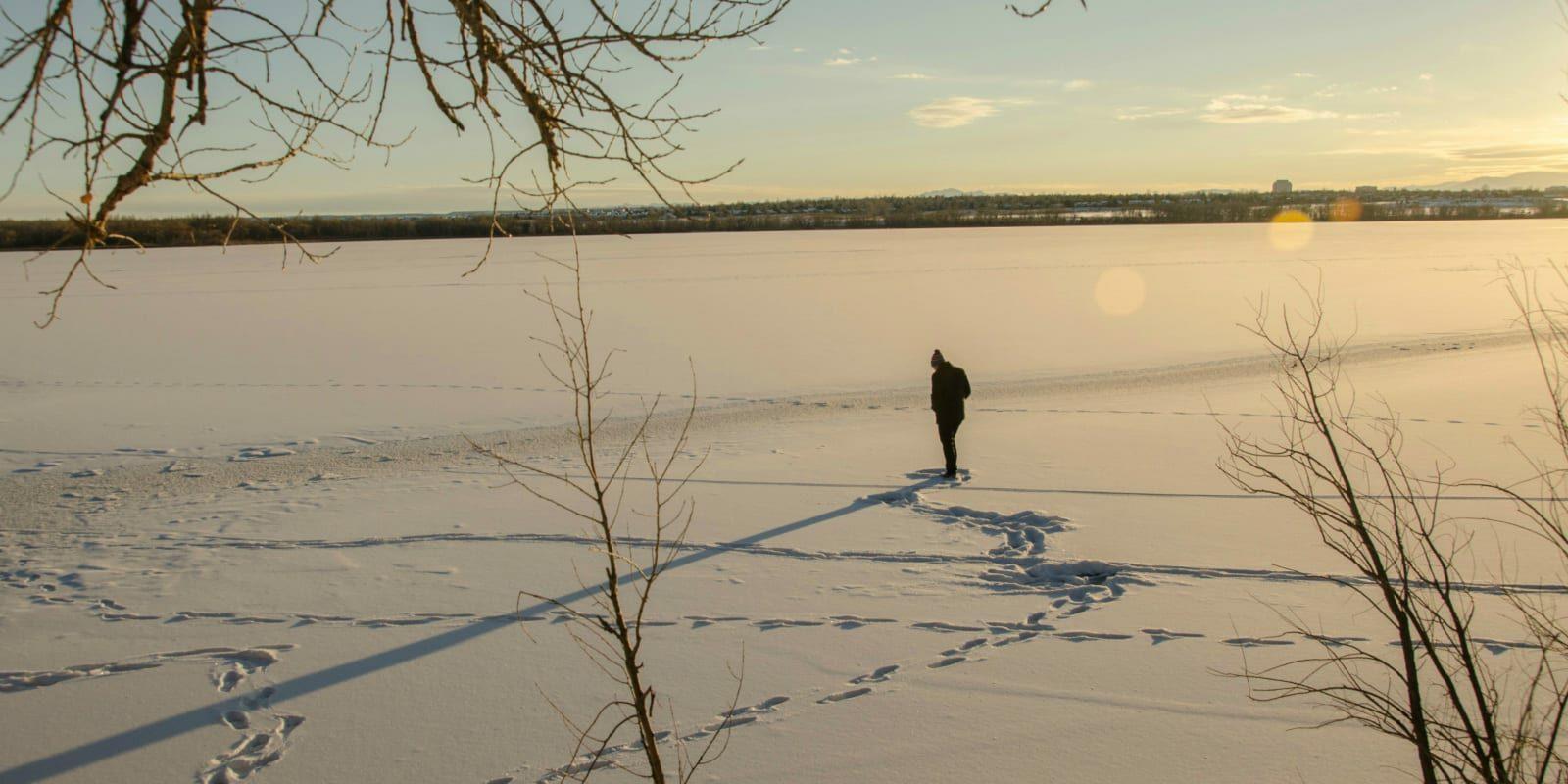 Winter Seasonal Affective Disorder Cherry Creek Lake Hiker