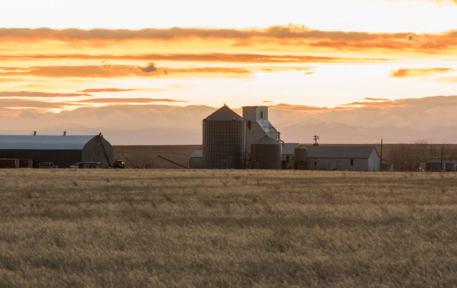 image of sunset in Briggsdale, CO