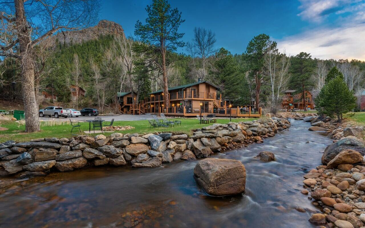 Top 5 Cool & Unusual Hotels in Estes Park, CO  Best Hotel