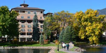 5 Star Luxury Hotel Broadmooor Autumn Colorado Springs