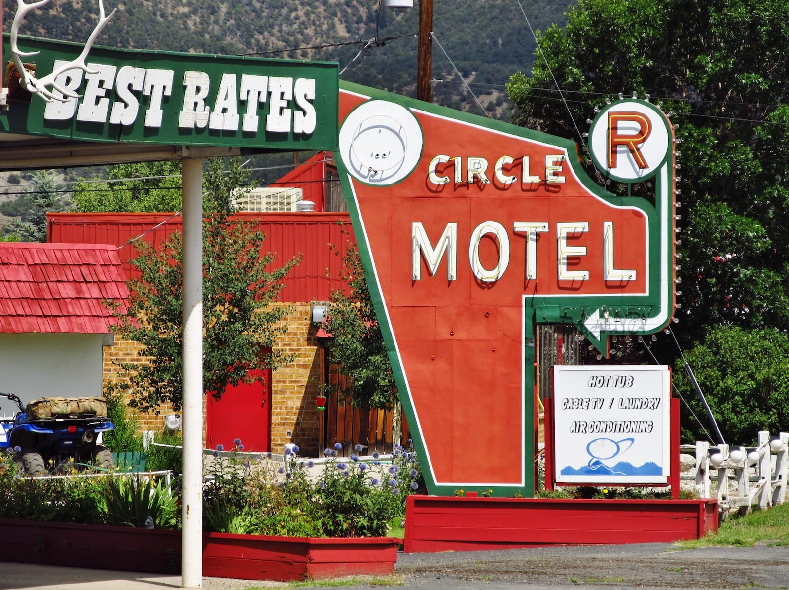 Circle R Motel, Colorado