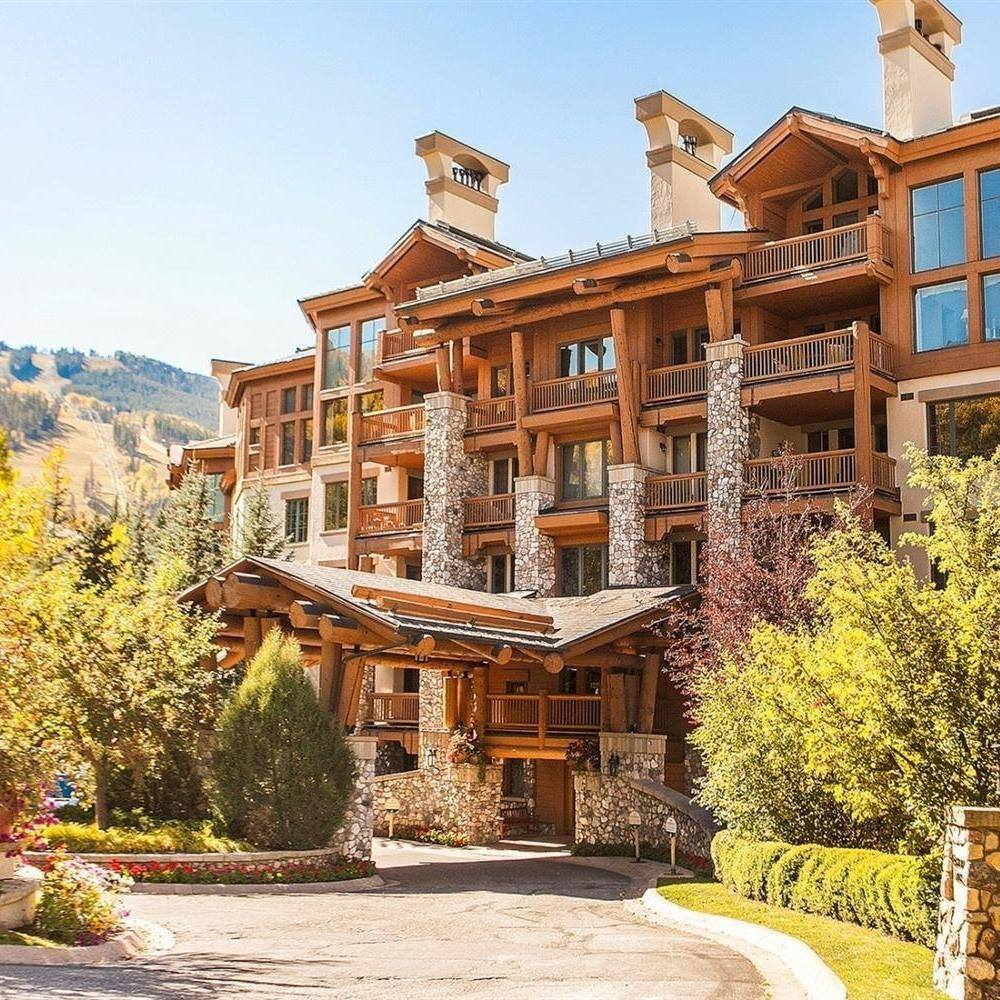 Elkhorn Lodge, Colorado