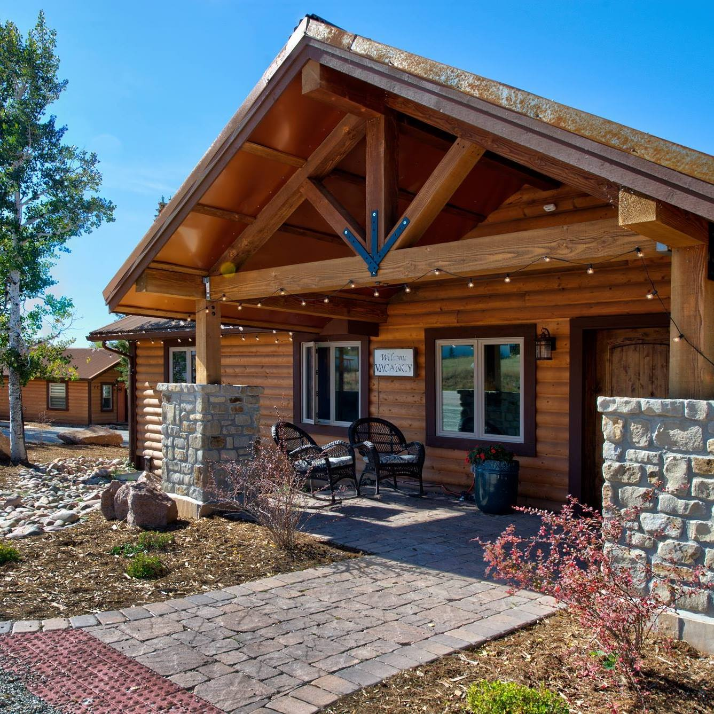 Mountain River Lodge, CO