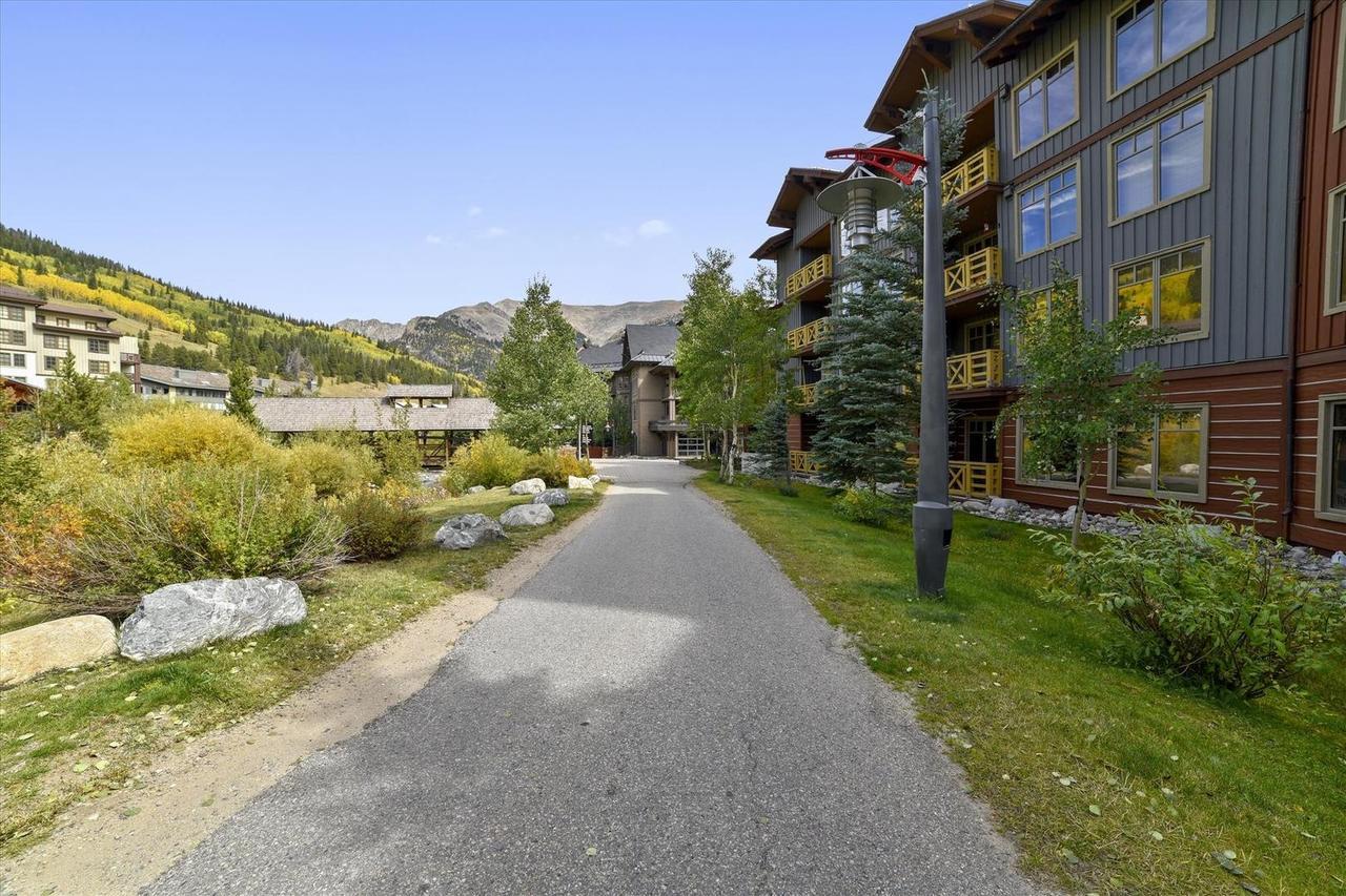 Tucker Mountain Lodge