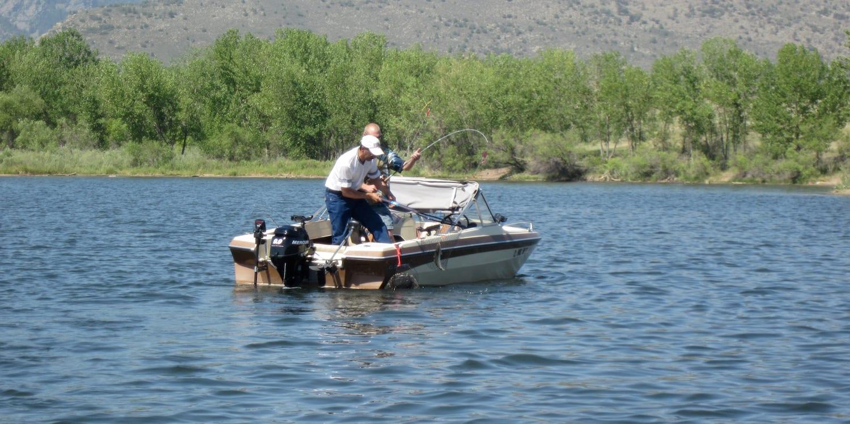Trout Fishing Tournament Bear Creek Lake Park Fishing Boat