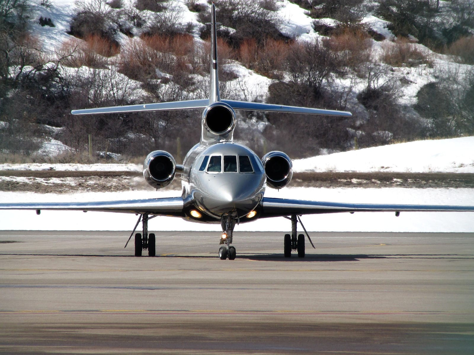 Aspen-Pitkin County Airport Dassault Falcon 50