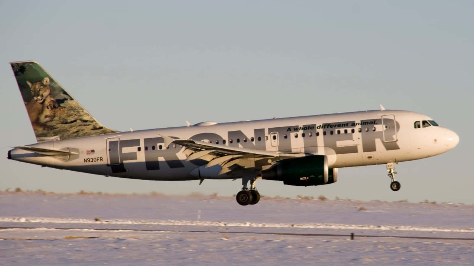 Denver International Airport Frontier Airlines Arrival Landing