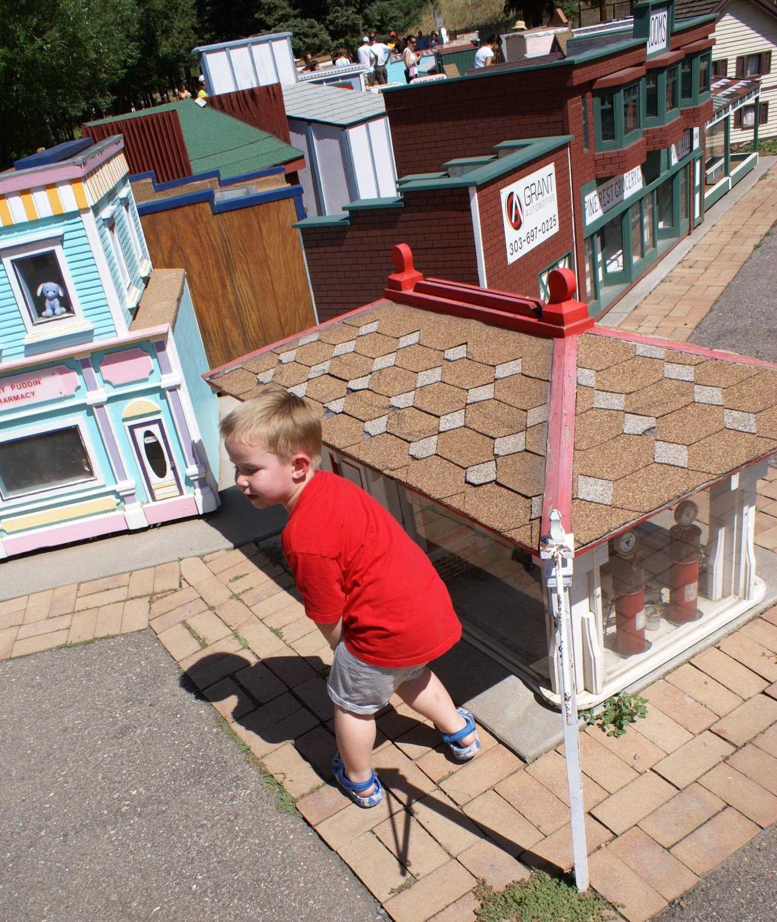 Tiny Town Railroad Morrison Buildings