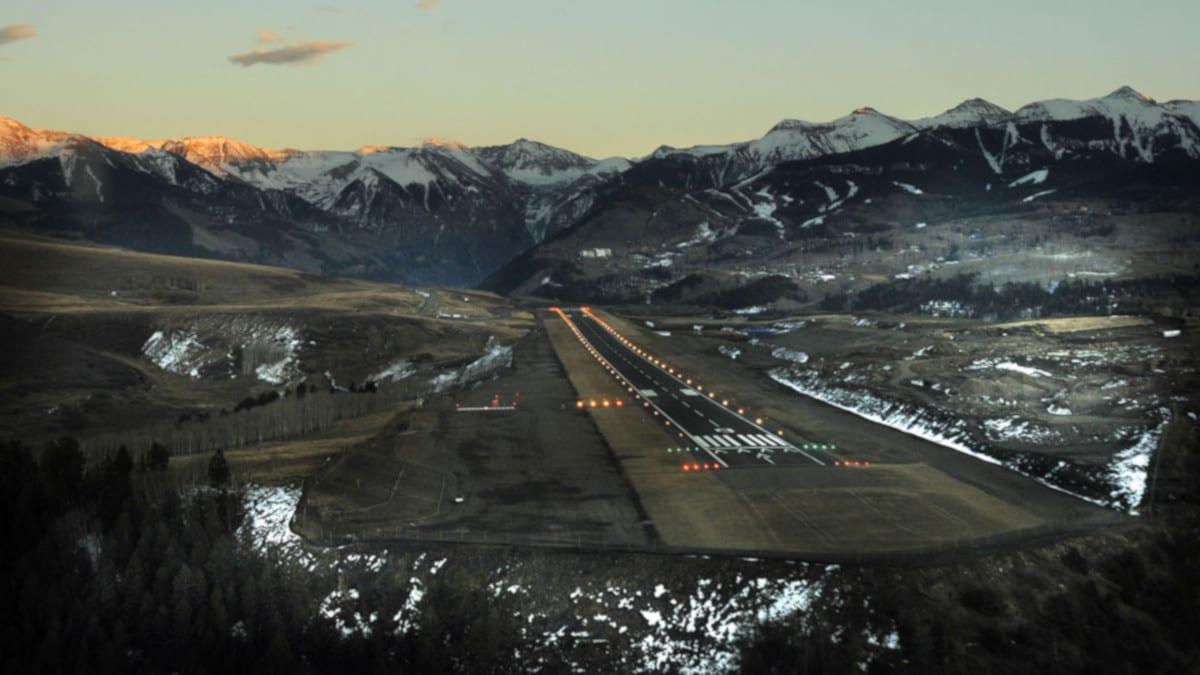 Telluride Regional Airport Arrival Landing Runway