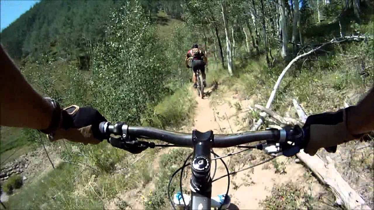Two Elk Trail Mountain Bikers Vail Colorado