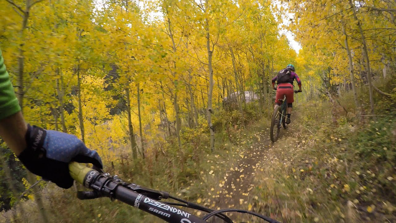 Two Elk Trail Mountain Bikers Fall Colors