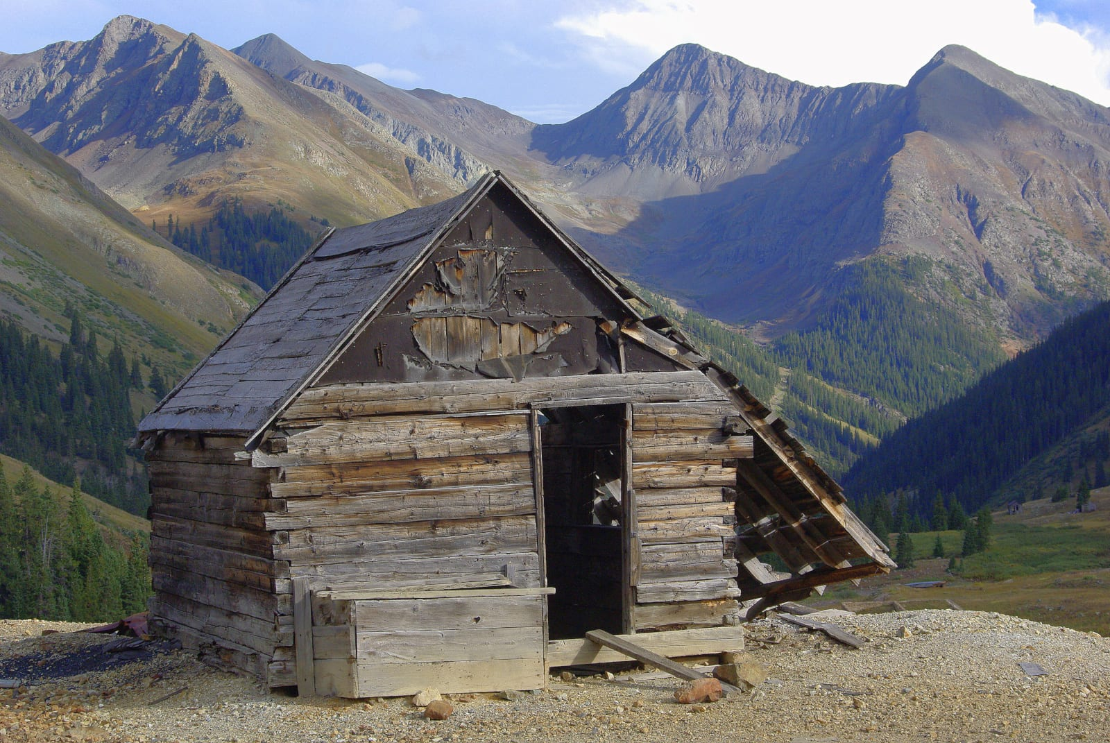 Mountain Living Colorado Abandoned Cabin on Mountainside