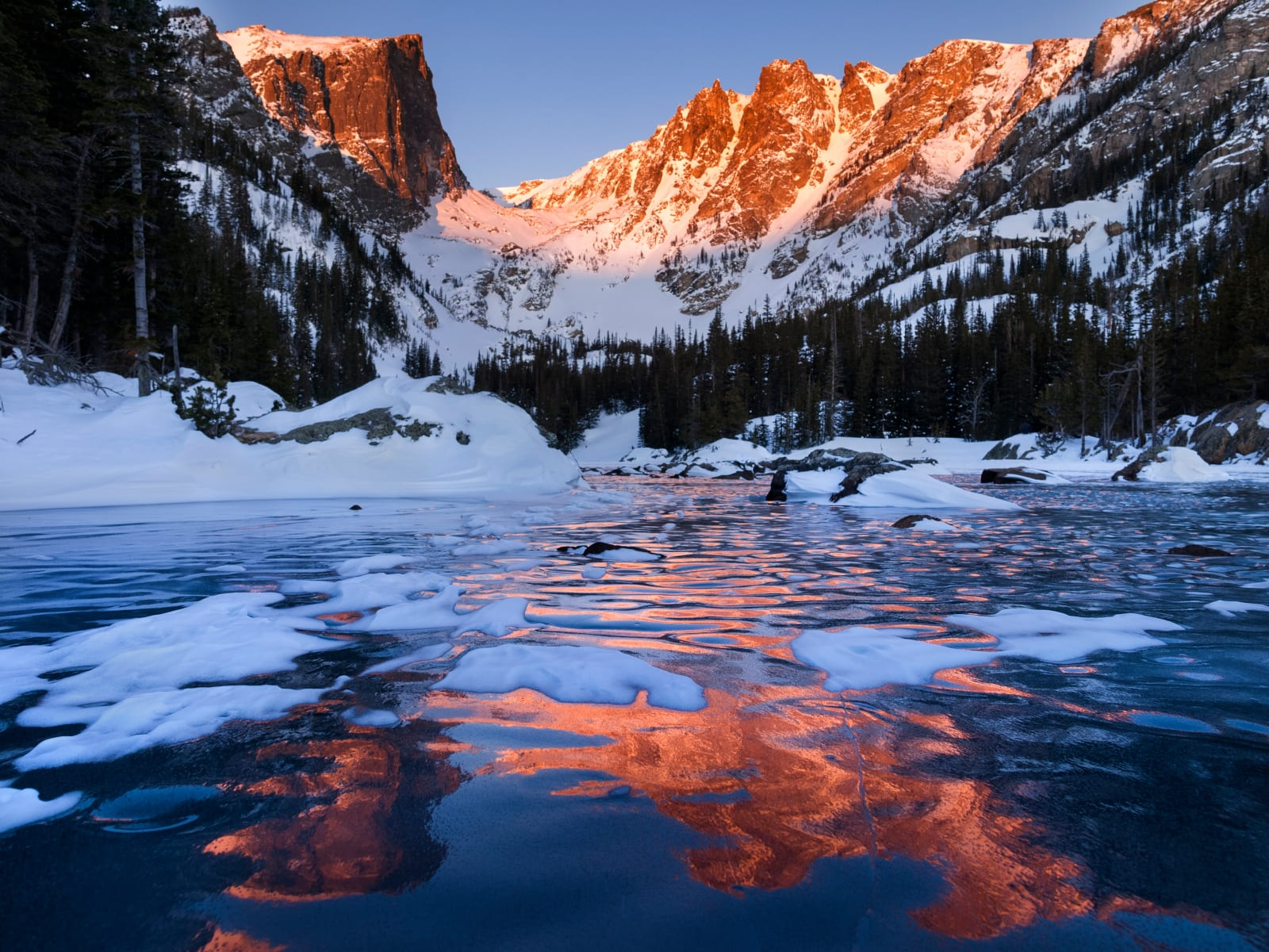 Colorado Mountain Living Dream Lake Sunrise