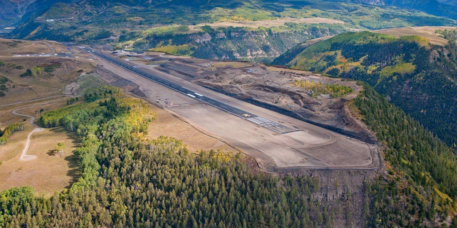 Colorado Commercial Airports Telluride Regional Airport Runway