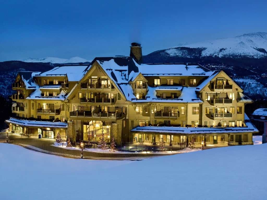 Crystal Peak Lodge.