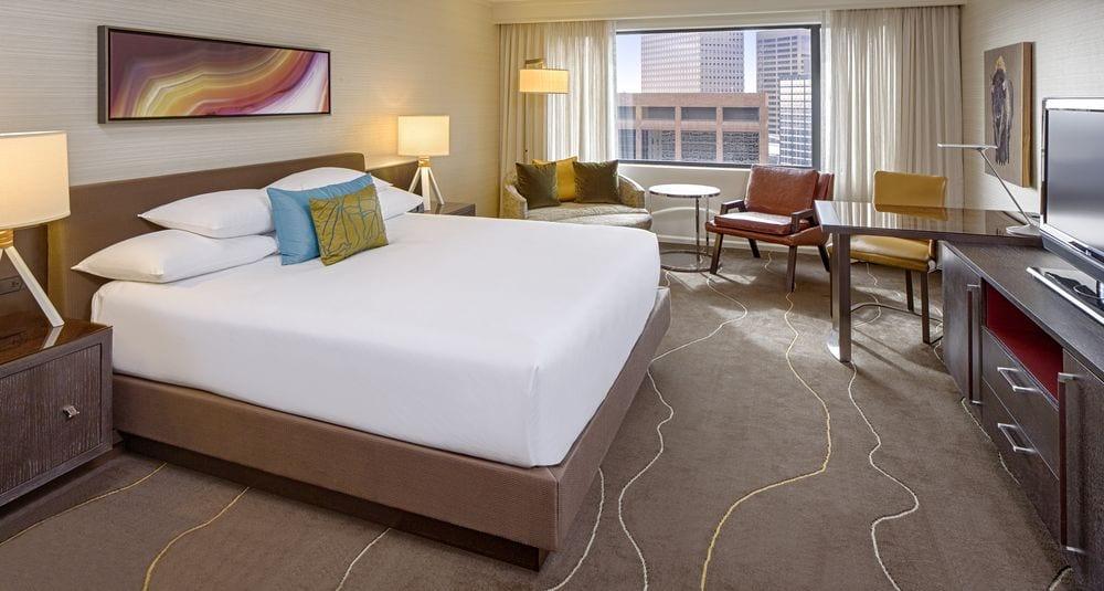Room At Grand Hyatt Denver 4 .