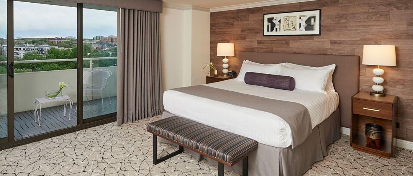 Room at Warwick Denver.