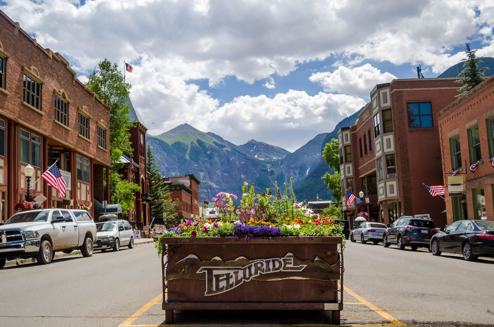 image of town of Telluride
