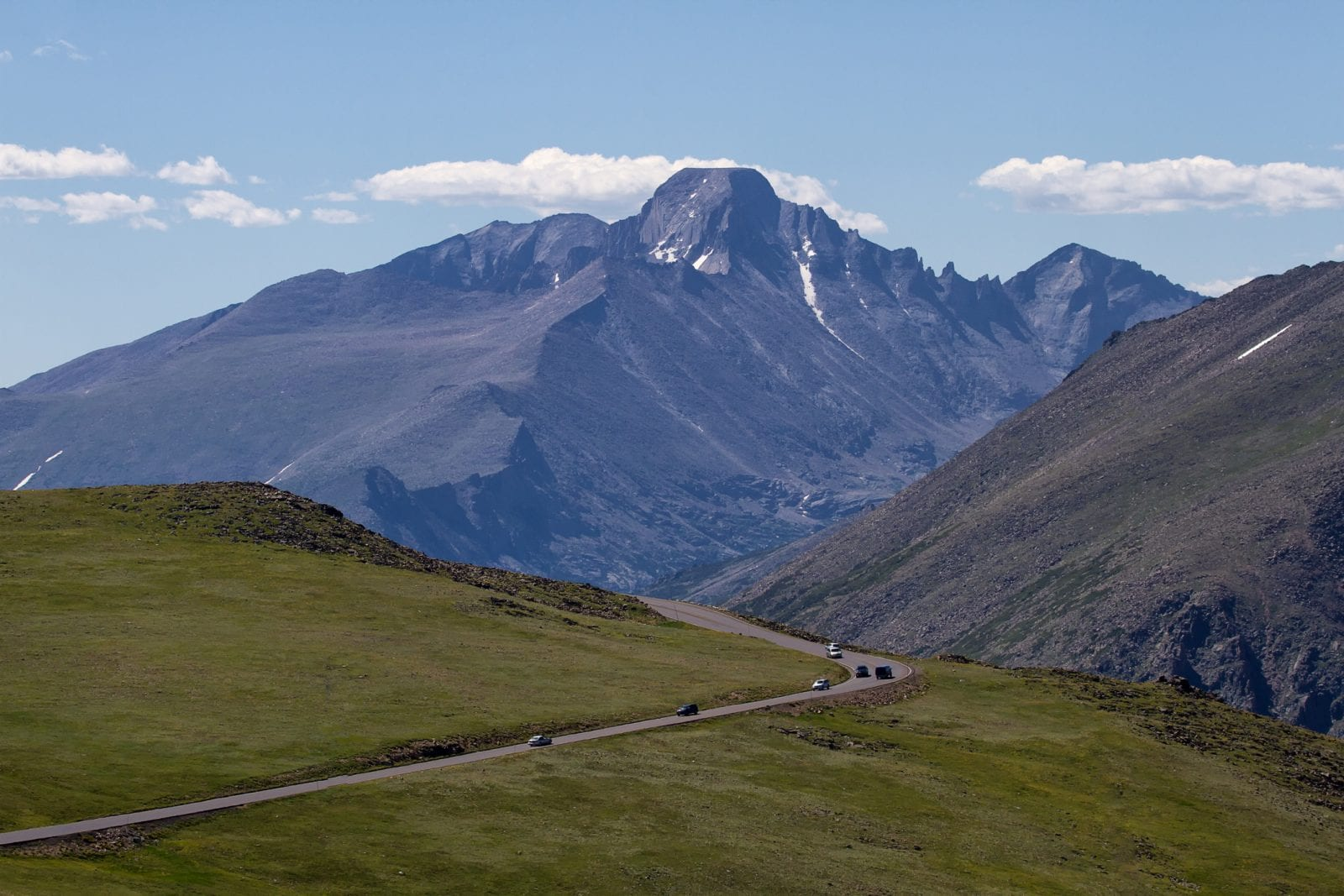 image of trail ridge road