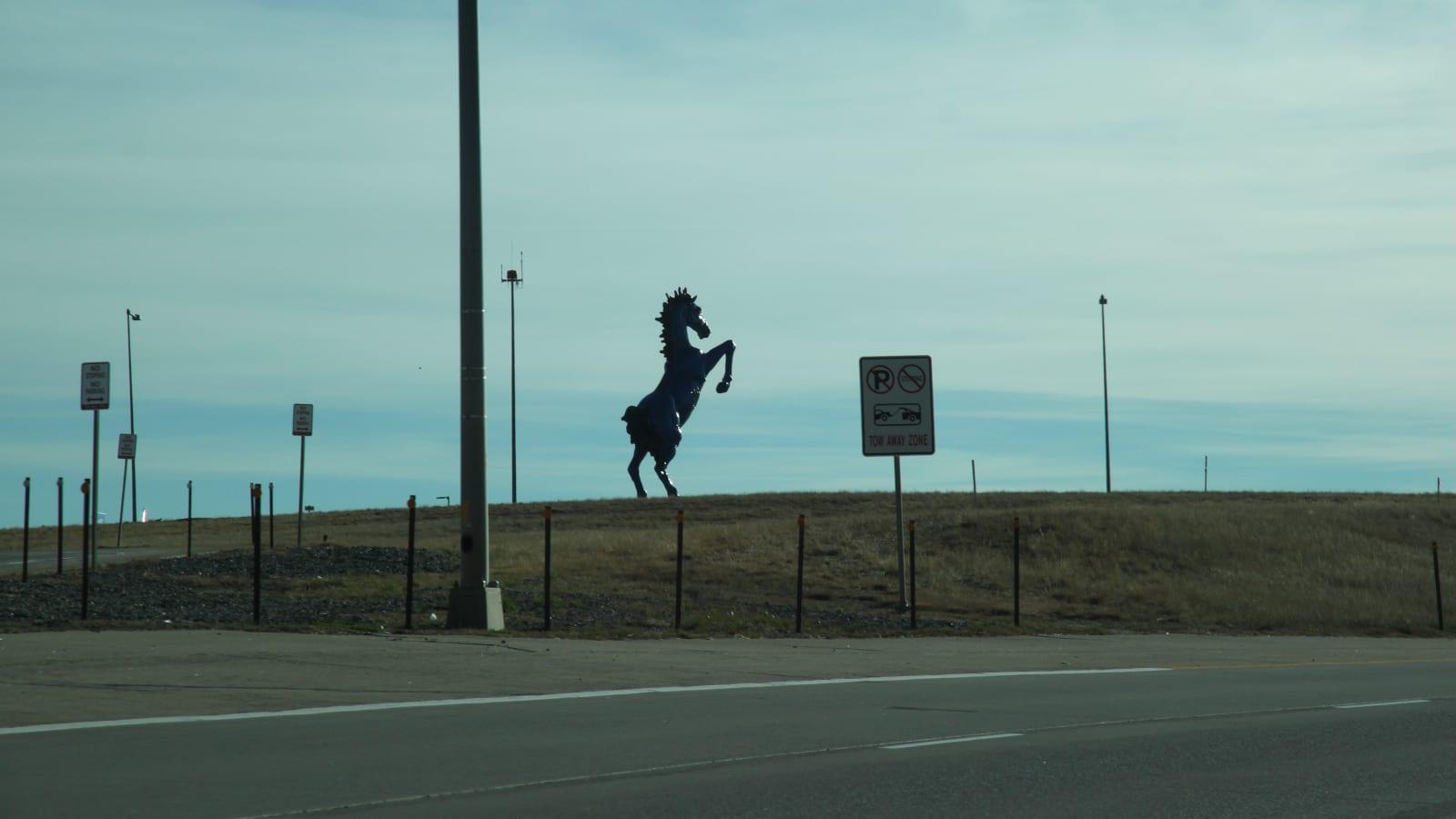 Blue Mustang Statue Blucifer Pena Boulevard Denver International Airport