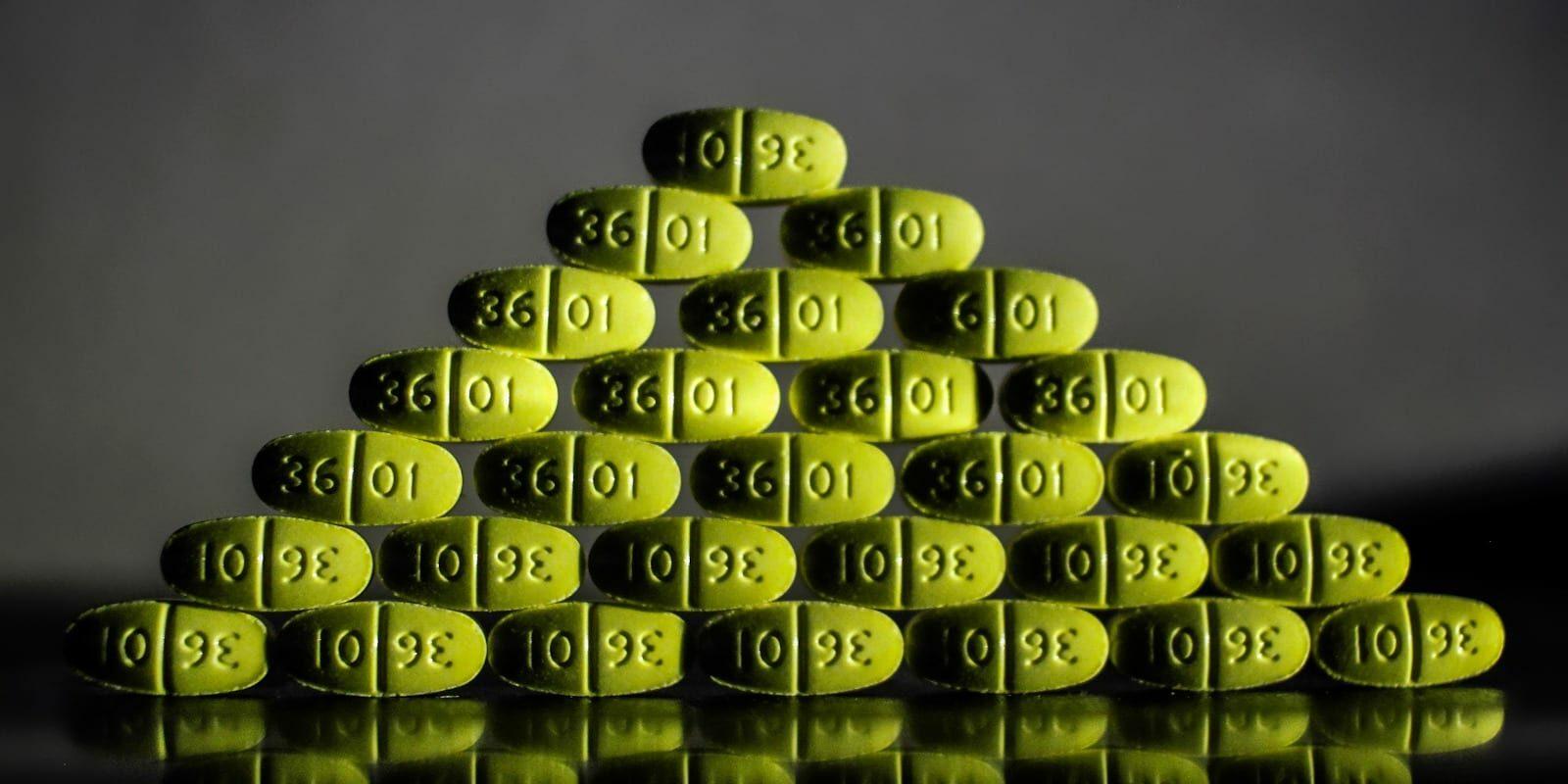 Opioid Crisis Vicodin Yellow Pills Triangle