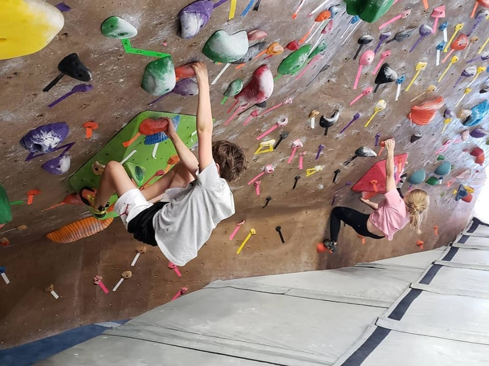 image of kids bouldering