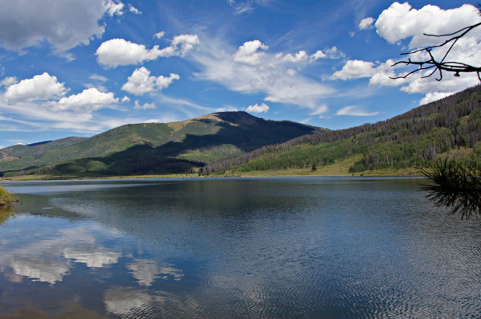 Pearl Lake Mountain Views Clark Colorado