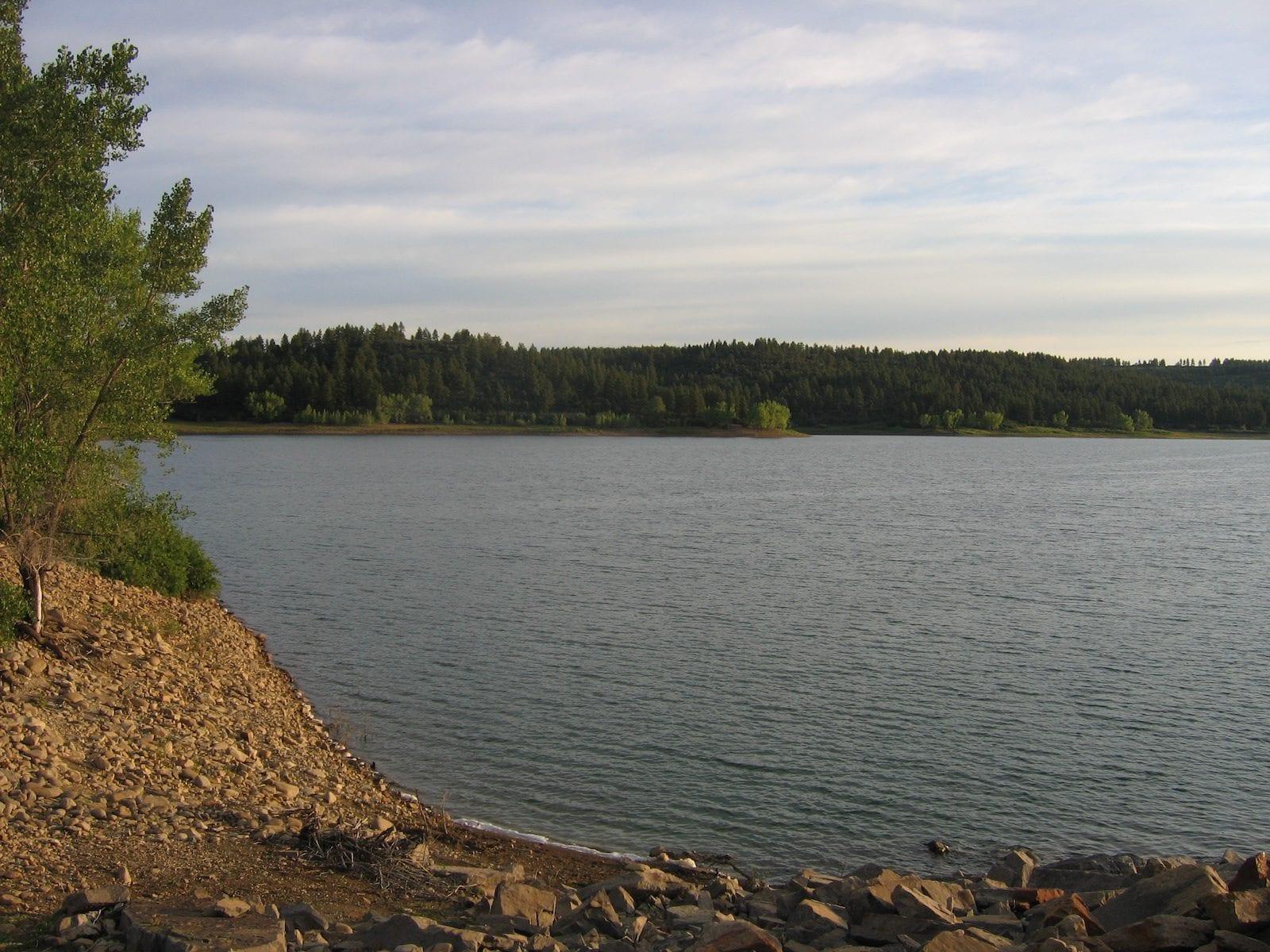 A lake at Mancos State Park