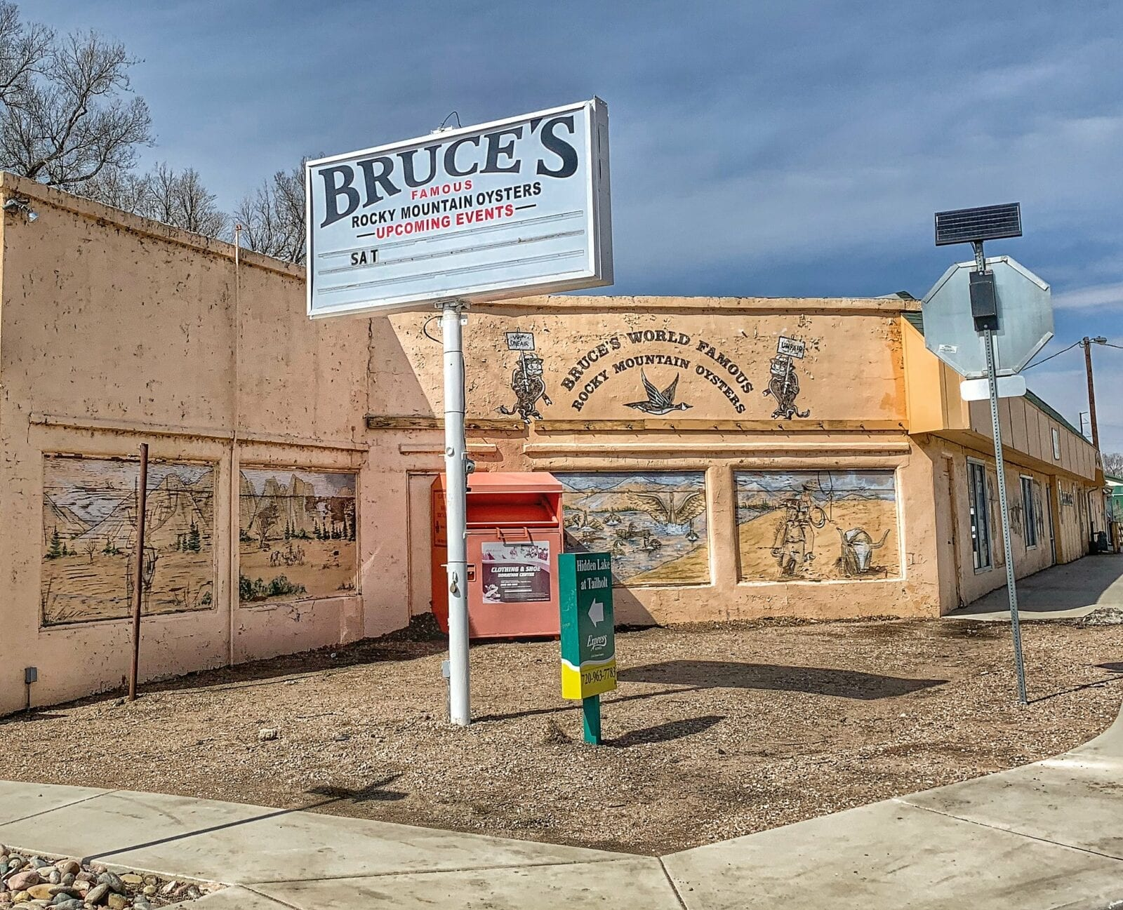 image of Bruce's bar