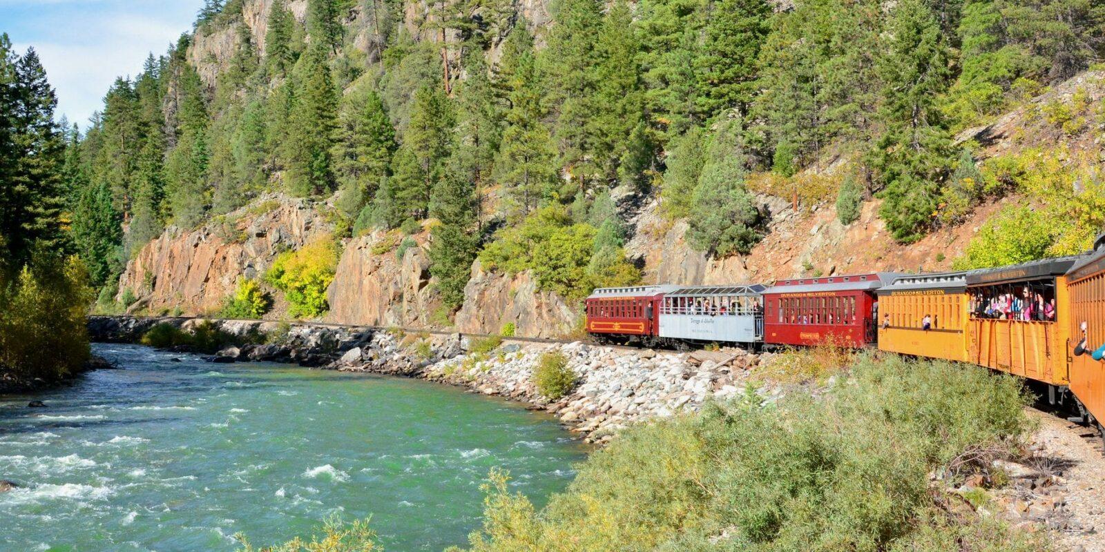 image of durango and silverton train