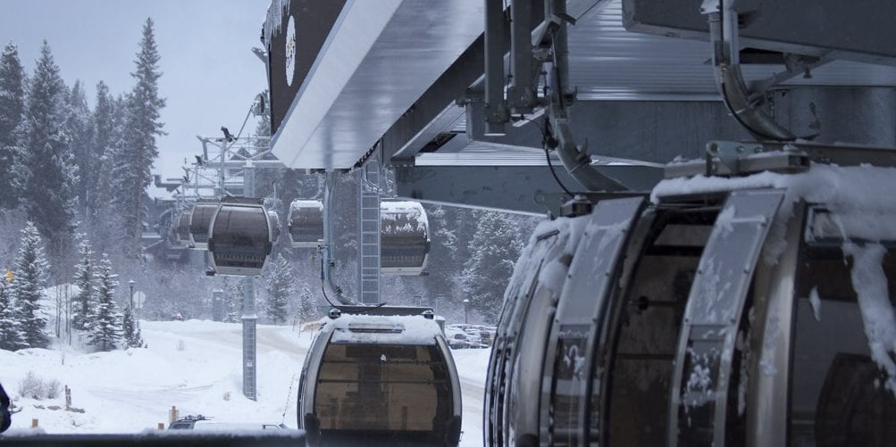 image of gondola at breckenridge ski resort