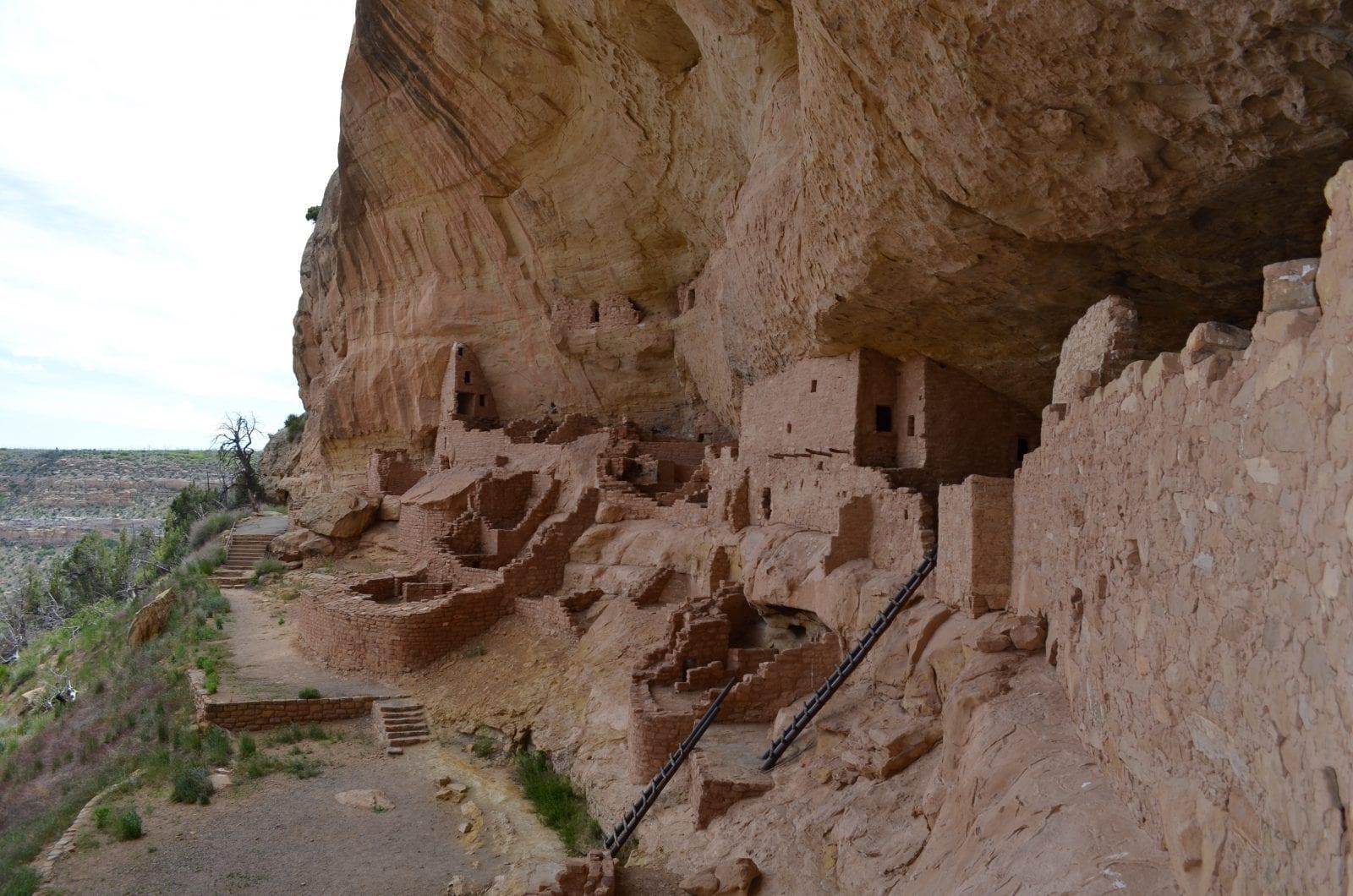 image of mesa verde national park