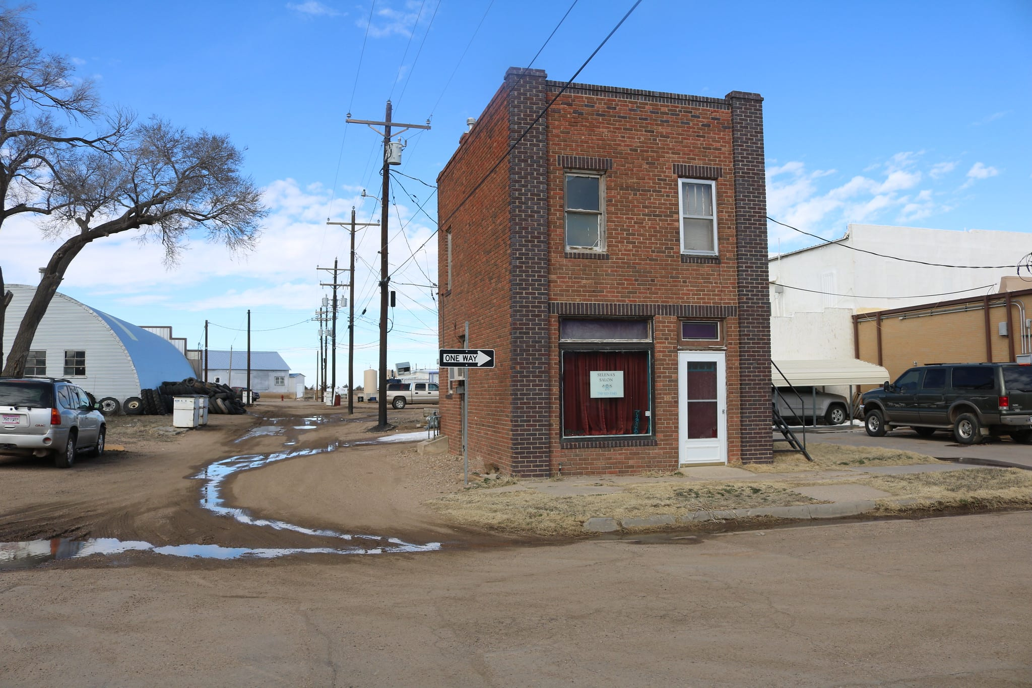 image of building in walsh colorado