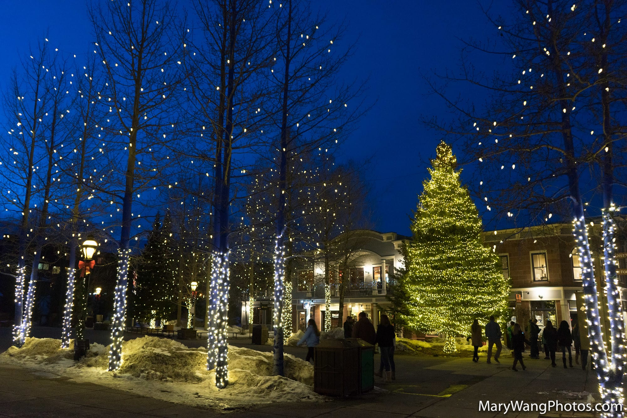 image of holiday lights in breckenridge