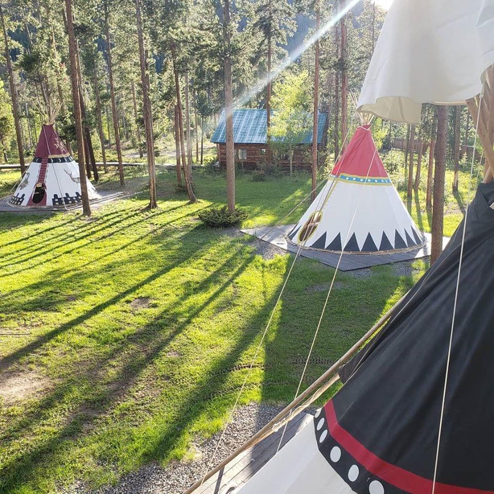 image of tipis at Arapaho Valley Ranch