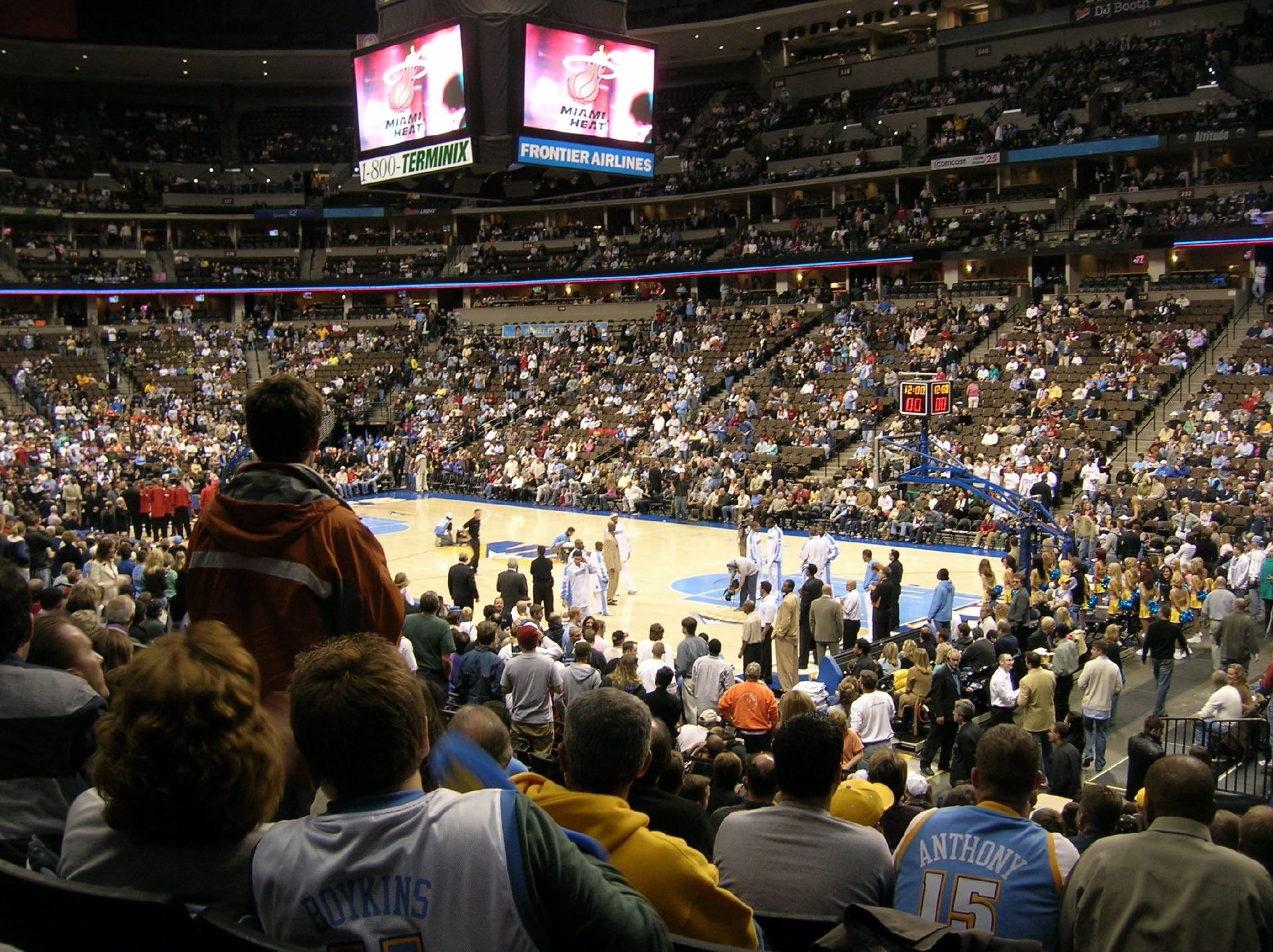 image of denver nuggets game