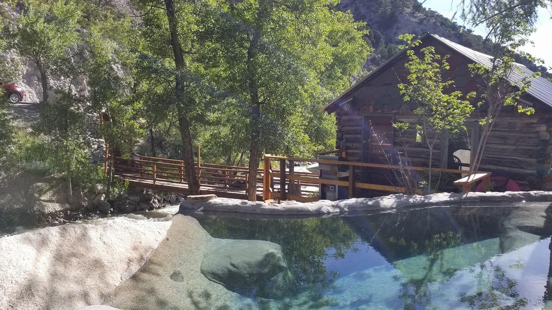 Merrifield Homestead Cabins and Hot Springs Buena Vista
