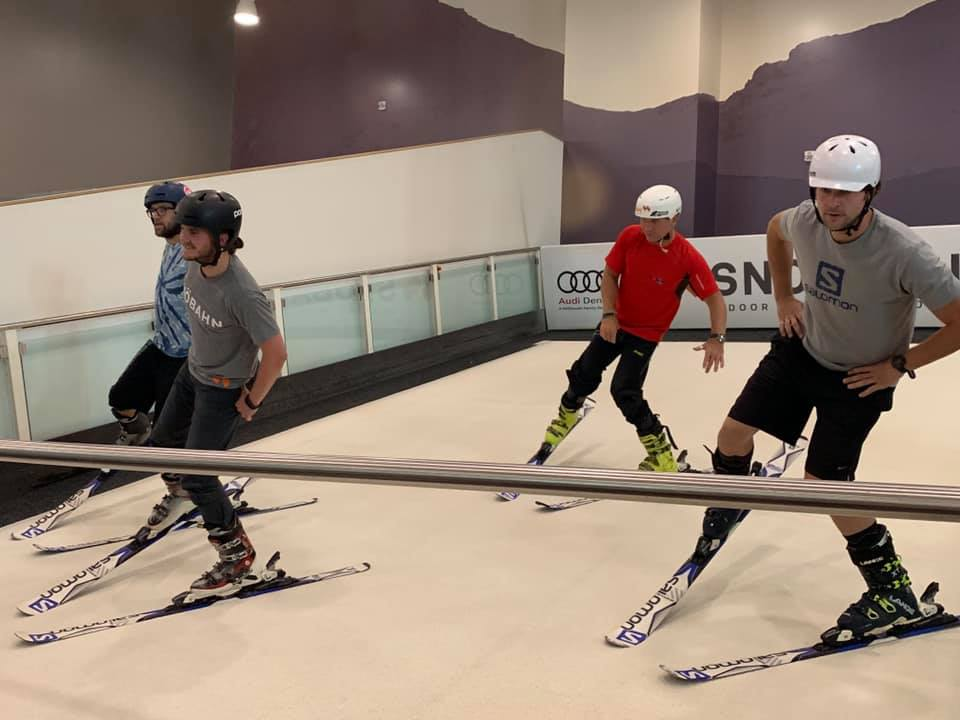 image of snowbahn indoor skiing