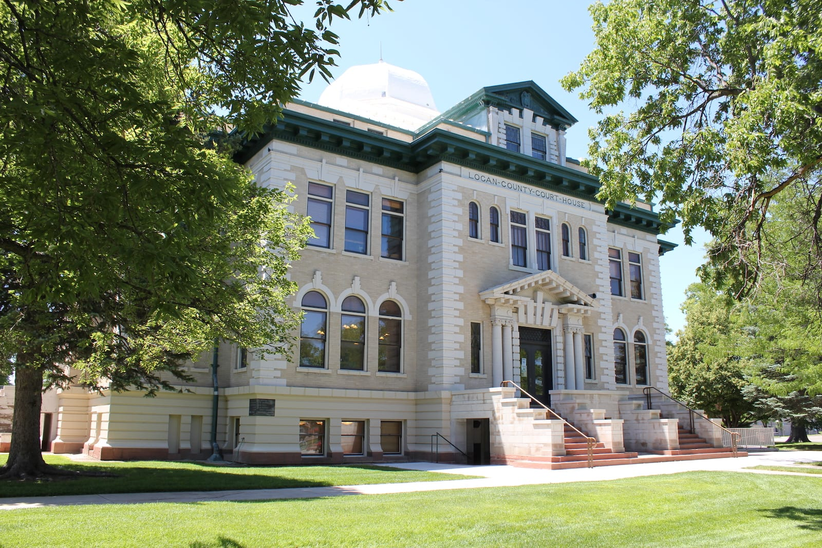 Colorado Strange Laws Logan County Courthouse Sterling
