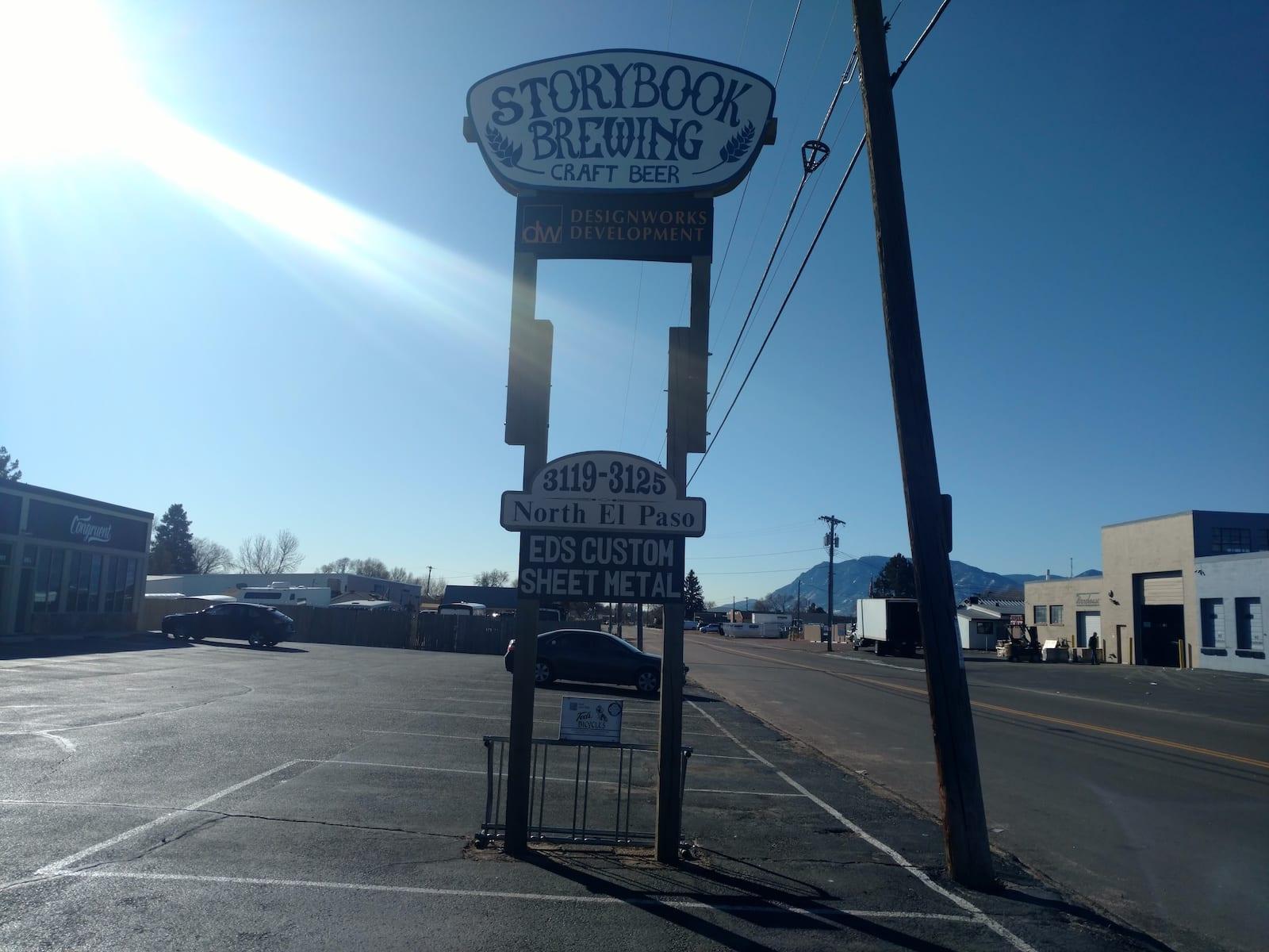 Buku Cerita Menyeduh Colorado Springs