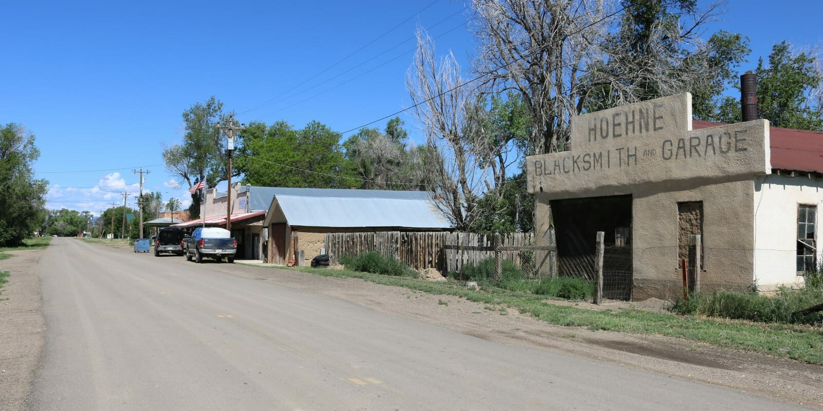 Hoehne Colorado County Road 40.6