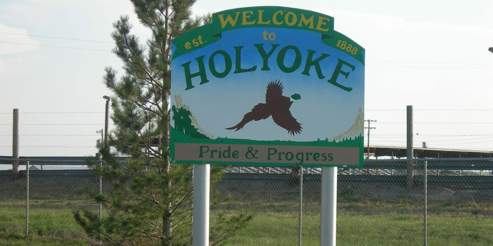 Holyoke Colorado Welcome Sign