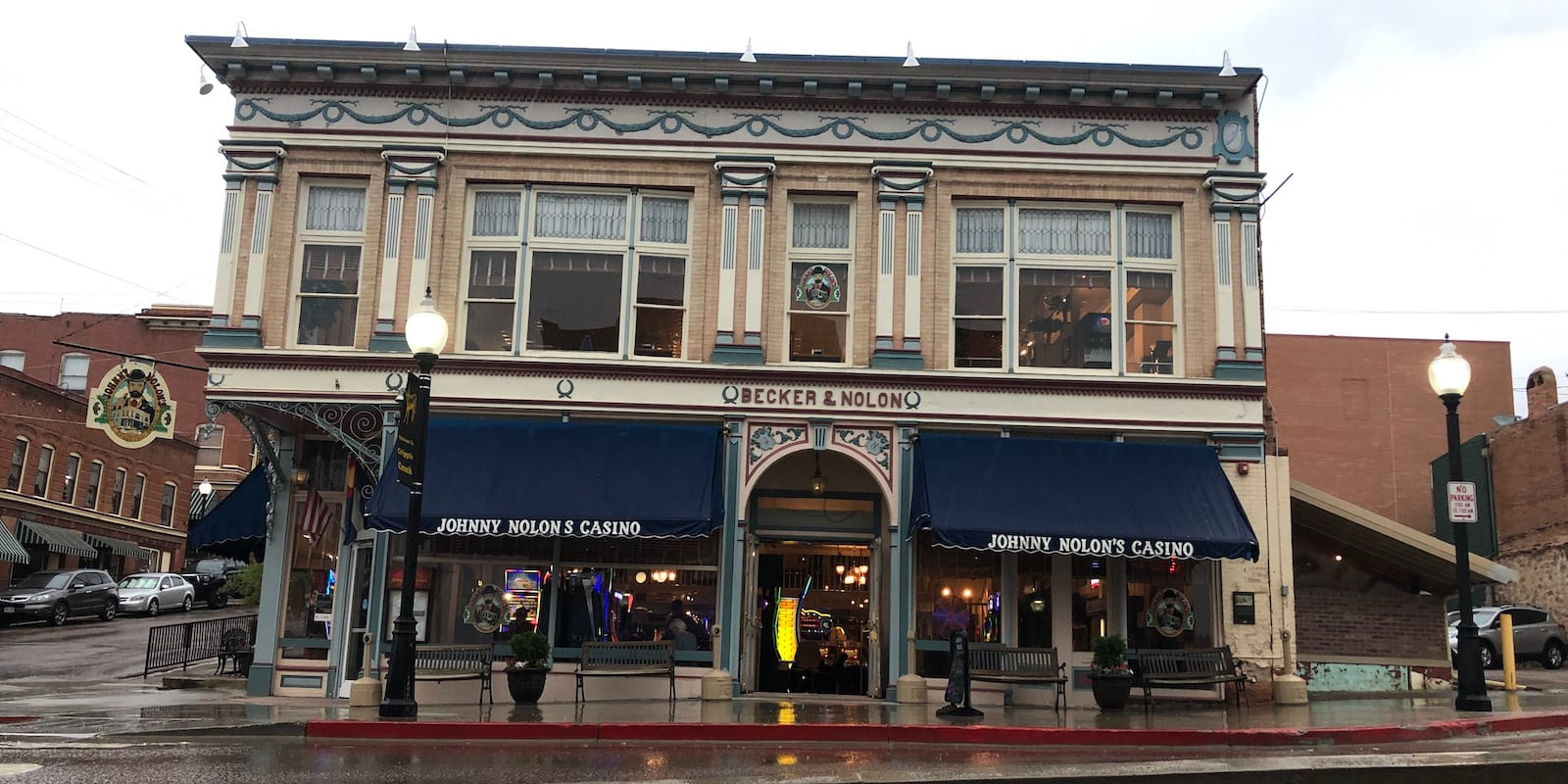 Johnny Nolon's Casino Cripple Creek Exterior Rainy Day
